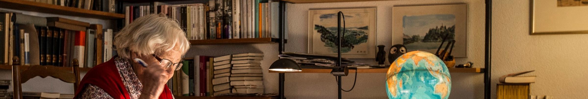 Spezielle Fachstellen bieten Unterstützung Fragen zu baulichen Anpassungen für eine hindernisfreie Wohnung.