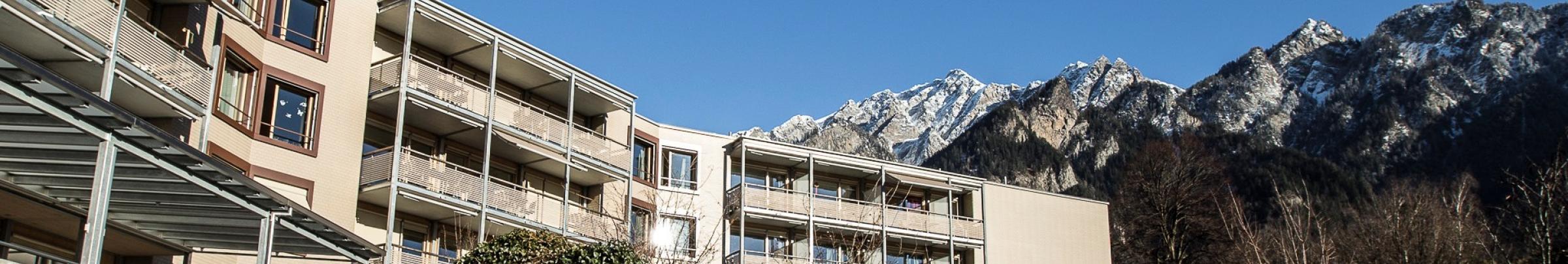 Betriebliche und personelle Vorgaben des Kantons Graubünden sorgen dafür, dass für alle Angebote eine hohe Pflegequalität sichergestellt werden kann.