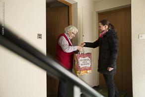 Eine Vielzahl von Entlastungsangeboten unterstützen pflegenden Angehörige in ihrer Arbeit.