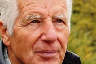 Jon Poo Werro, Seniorenwanderleiter